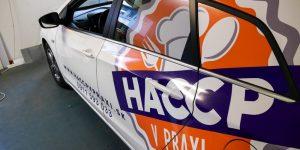 Nálepky na auta HACCP - TwoAgency
