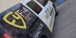Reklamný polep auta F-4 - TwoAgency